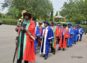 The Mace Bearer, Dr. Tim Adibe, leading the procession into the Convocation ground. Behind are members of the IMT Governing Council and members of the Management Staff of the Institute.